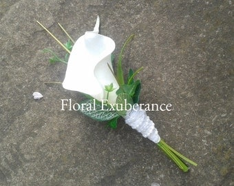 Artificial White/Off white Calla Lily Buttonhole/Boutonniere, Artificial wedding flowers, Groom, Bestman, Groomsmen, Ring bearer