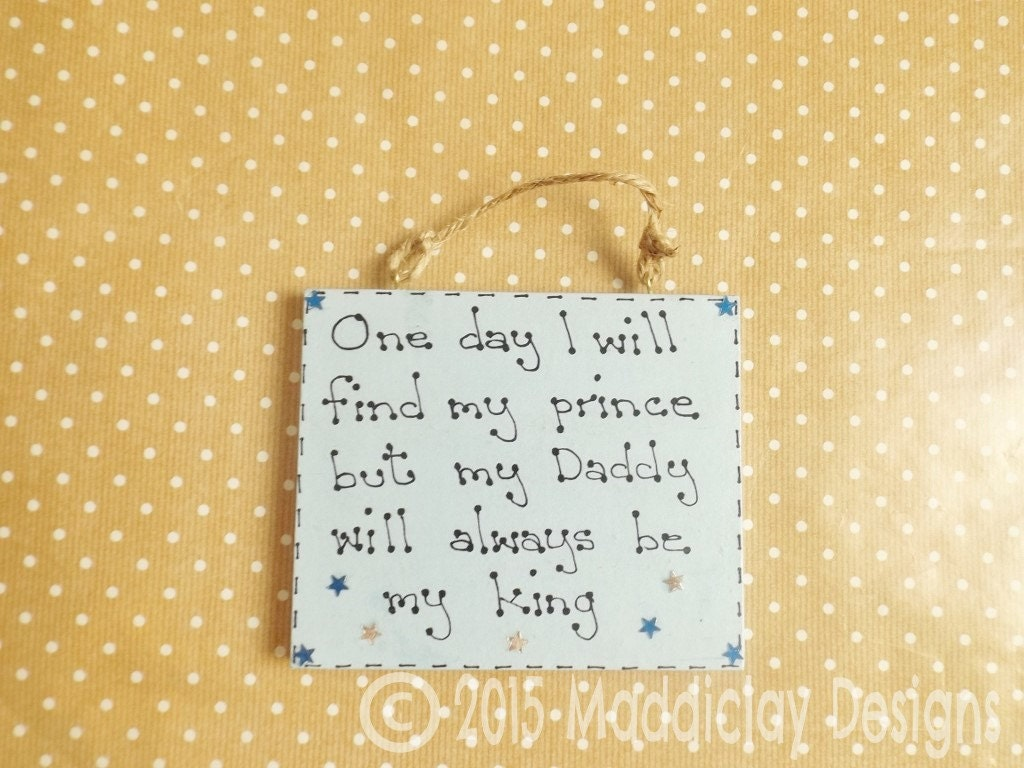 Dad Quote Plaque Daddy Is My King Hanging Wall Decor Gift for Dads ...