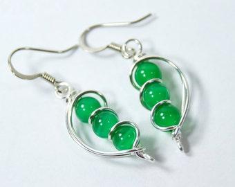 Irish Jewelry, Irish Earrings, Irish Gift, Kelly Green Earrings, Bead Earrings, Green Dangle, Green Drop Earrings, Wire Wrap Earrings