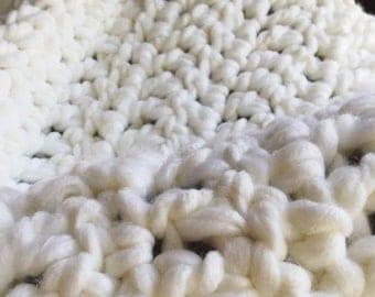 Super Chunky White Blanket - Crochet