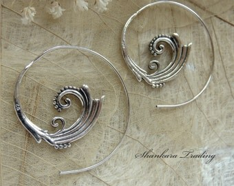 Tribal Silver Spiral Earrings, Indian Earrings, Spiral Earrings, Ethnic Earrings, Tribal Jewelry, Belly Dance Jewelry, Tribal Gypsy Earrings