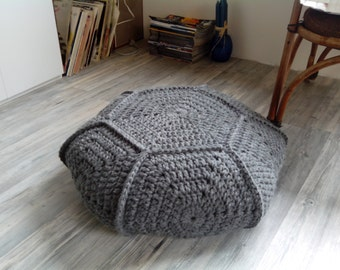 Chunky wool 28'' stuffed gray crochet pouf-ottoman / Gray crochet floor cushion / Crochet footstool