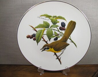 Avon - North American Songbird Plate - Yellow Breasted Chat