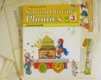 Vintage School and Learning, Starting Off with Phonics 3 4 5, Learning Set, Home School Resource