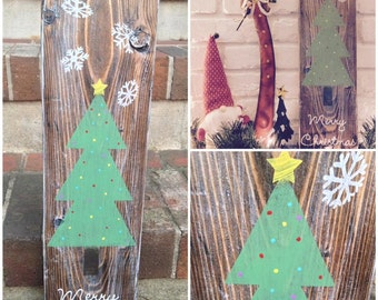 Merry Christmas With Tree & Snowflakes - Rustic Wood Holiday Sign
