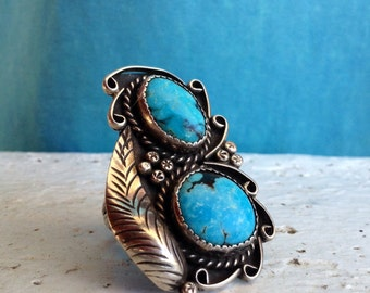 Vintage  Size 9.5 Navajo Turquoise and Sterling Ring