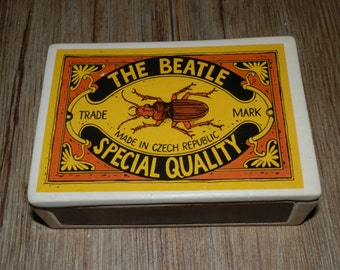 Ceramic box with lid - The Beatle