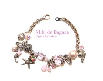 Pastel pink bracelet with crystal and glass beads