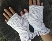 knitted white mitts, gloves, fingerless mitts, fingerless knitted gloves, women's gloves