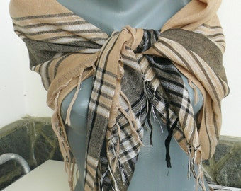 Vintage wool Shawl. Women's Woolen scarf. Large Head Scarf. Scarf in beige and brown with silver thread