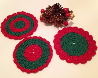 Set of 3 crocheted Christmas dishcloths add color to the holidays! Free shipping.