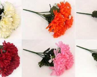 5 Head, 10cm Mum / Chrysanthemum + Gypsophilia