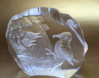 Capredoni Dartington Bird Figurine Etched Intaglio Crystal Glass Paperweight