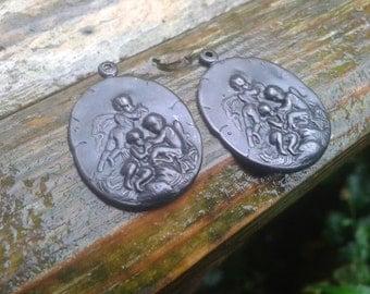 Rustic Arte Metal black Cherub Pendant