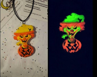 Men/Womenas Hallowicked edition of ICP's Riddle box Necklace (glow in the dark)