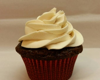 Cupcakes with buttercream frosting  **Local Delivery/Pick-up Only**