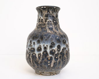 Rare Vase design by Gunnar Nylund, Rørstrand (Rorstrand), Sweden.