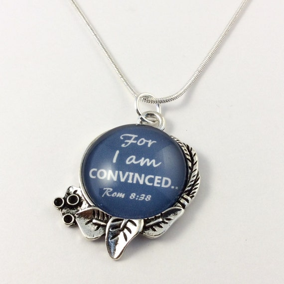 "JW ""For I an Convinced"" Circle Leaf Pendant with chain with Blue Velvet Gift Bag Included! (SKU 8)"