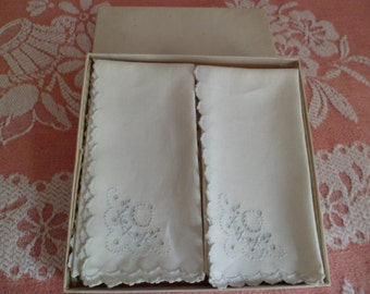 Vintage 1930's/40's Set of 6 Madeira Napkins in Gift Box