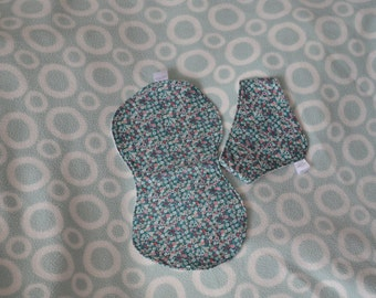 Burp cloth and bib set, Floral Baby gift set, Floral baby burp cloth, baby bandana dribble bib, baby shower gift, Green Floral gift set