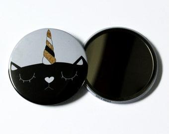 """Mirror cat """"IM NOT A UNICORN"""""""