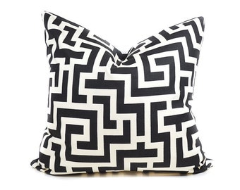 Geometric pillow cover - Black White pillow - Modern pillow - Greek Key pillow - Contemporary pillow - Decorative pillow