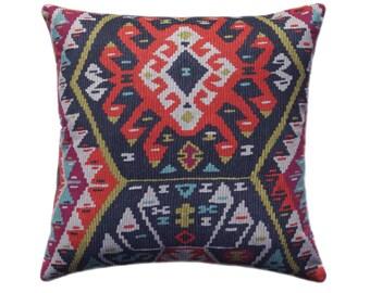 Kilim Pillow Cover, Tribal Throw Pillow, Aztec Pillow Cover, Boho Pillow - 11 SIZES - Longrock Fiesta Pillow Cover with Hidden Zipper