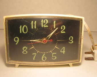 Vintage Lux Electric Alarm Clock  White Glow in the Dark  Bedside Clock