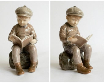 Dahl Jensen Porcelain Figurine #1096 Boy Reading