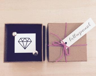 Diamond Jewelry Box with a temporary tattoo