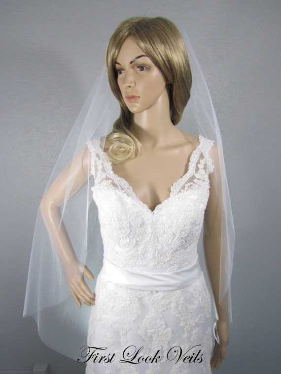 Wedding Veil, Bridal Veil, Fingertip Veil, Handmade, Bride, Accessory, Gift