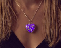 Purple Glowing Heart Necklace - Girlfriend Gift - Glow in the Dark - Purple Necklace - Violet  - Gifts for Her - Glowing Jewelry - Valentine