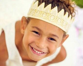 Or - feutre - Princess Crown - dentelle Couronne - parti Couronne - Photo Prop - habiller - Déguisements - Couronne demoiselle d'honneur - Prince