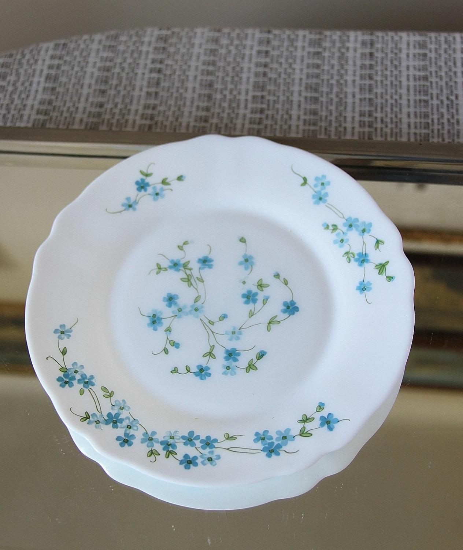 set of 6 dessert plates arcopal myosotis veronica france. Black Bedroom Furniture Sets. Home Design Ideas