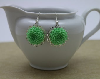 Lt Green Dahlia Earrings