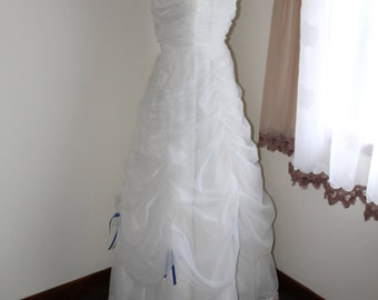 White Strapless Gown by Flirtations Alfred Angelo Size Extra Small Formal Flounced Skirt  Blue Bows Wedding Formal Prom