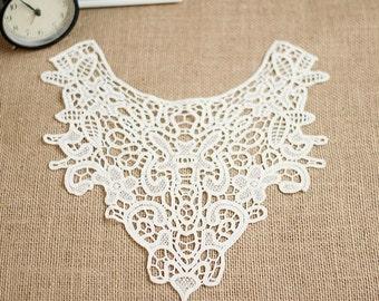One piece white Lace Collar, Lace Trim Collar, Lace Applique, Crochet Lace Trim, Vintage Lace Collar for Dressmaking