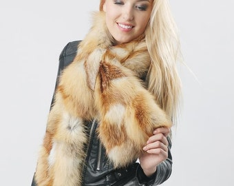 Wonderful real fur scarf from fox
