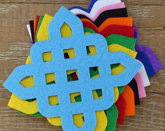 10 x 3mm Thick Felt Celtic Square Knot Craft Shapes Sizes 6-15cm in 11 Colours