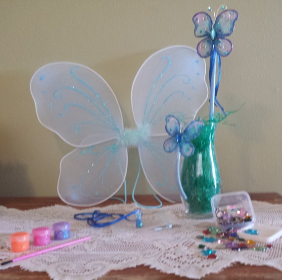 I 39 m a fairy craft kit blue wings wand pixie dust for Princess wand craft kit