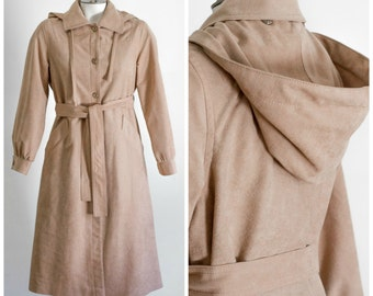 Camel trench coat with removable hood and lining