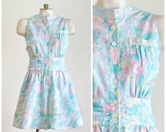 80s sleeveless romper in floral pattern with pockets SIZE L