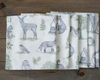Woodland cotton Christmas napkins - Animal print - Forest napkins - Christmas gift ideas