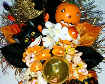 Handmade Halloween Corsage Vintage Style OOAK Decoration with Vintage Millinery Leaves