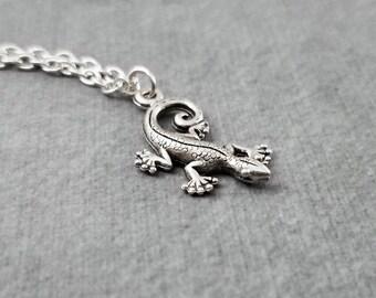 Gecko Necklace Gecko Jewelry Lizard Necklace Gecko Pendant Necklace Gecko Charm Necklace Lizard Jewelry Animal Necklace Animal Jewelry Gift