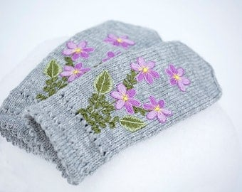 FREE SHIPPING Light gray mittens with violet embroidered  flowers- winter gloves-warm mittens- embroidered mittens