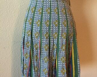 80s Vintage Abstract Print Skirt / Pleated / Mini Skirt / Multicolor / Waistband / Side Zipper / Flowy / Classic