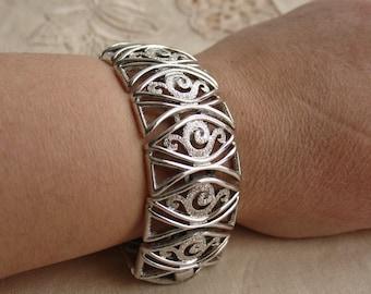 Signed MONET Vintage Silver Tone Bracelet Flower Swirl Filigree Lovely