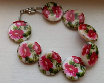 Floral Flat Bead Bracelet