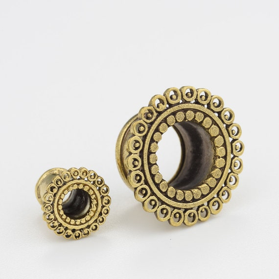 Brass ear tunnel 10m-00g. 00g tunnels. ear gauges. ear tunnels. tribal tunnels. ear gauges.ear plugs.gauges plugs.plugs and tunnels. p23